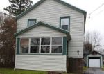 Foreclosed Home en W 4TH ST S, Fulton, NY - 13069