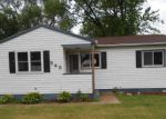 Foreclosed Home en MCSHANE AVE, Waterloo, IA - 50703