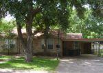 Foreclosed Home en E PARK AVE, Victoria, TX - 77901