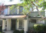 Foreclosed Home en PARKVIEW LN, Huntington Beach, CA - 92648