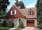 Foreclosed Home en W DEWEY ST, Freeport, IL - 61032