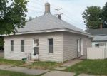 Foreclosed Home en N BROAD ST, Mankato, MN - 56001