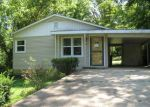 Foreclosed Home en PIERCE ST, West Plains, MO - 65775