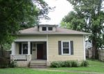 Foreclosed Home in DOUGLAS AVE, Versailles, KY - 40383