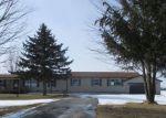 Foreclosed Home en COGLEY RD, Avoca, MI - 48006