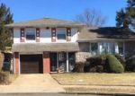 Foreclosed Home en VILLAGE CT, Baldwin, NY - 11510