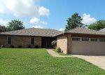 Foreclosed Home en DAMRON DR, Oklahoma City, OK - 73110