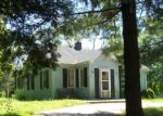 Foreclosed Home en CIRCLE DR, Williams Bay, WI - 53191