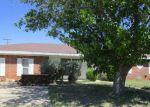 Foreclosed Home en E PECAN AVE, Midland, TX - 79705