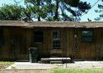 Foreclosed Home en W SKELTON ST, Okmulgee, OK - 74447