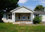 Foreclosed Home en REDWOOD LN, Winchester, VA - 22603