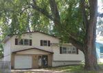 Foreclosed Home en PARKVIEW LN, Omaha, NE - 68104