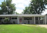 Foreclosed Home en CHULA DR, Hazelwood, MO - 63042