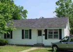 Foreclosed Home en W 8TH ST, Rector, AR - 72461