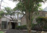 Foreclosed Home en DEBRA CT, Garland, TX - 75044