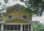 Foreclosed Home en ASH ST, Hutchinson, KS - 67502