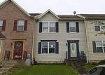 Foreclosed Home en VILLAGER CIR, Dundalk, MD - 21222