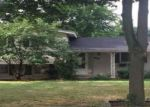 Foreclosed Home in CANDLEWOOD LN, Southfield, MI - 48076