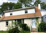 Foreclosed Home en FRANK ST, Somerset, NJ - 08873