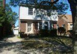 Foreclosed Home en ILENE ST, Detroit, MI - 48221