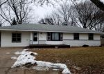 Foreclosed Home en MANOR DR NE, Minneapolis, MN - 55432