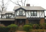 Foreclosed Home en LAKE AVE, Lakewood, OH - 44107