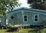 Foreclosed Home en SW KAREN LN, Saint Joseph, MO - 64504