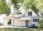 Foreclosed Home en W NORTHMARKET ST, Hagerstown, IN - 47346