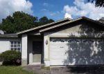 Foreclosed Home en N RIVER DUNE ST, Tampa, FL - 33617