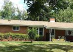 Foreclosed Home en CAMPBELL LN, Indiana, PA - 15701
