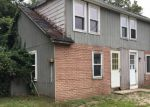 Foreclosed Home en KNOTTY OAK RD, Coventry, RI - 02816