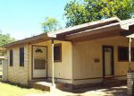Foreclosed Home en S HILLCREST AVE, Eastland, TX - 76448