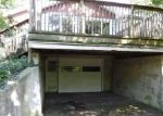 Foreclosed Home en CEMETERY RD, Bangor, MI - 49013