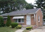 Foreclosed Home en ELMIRA ST, Livonia, MI - 48150