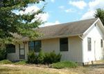 Foreclosed Home en NW 475TH RD, Centerview, MO - 64019