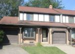 Foreclosed Home en GREENBROOK LN, Flint, MI - 48507