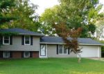 Foreclosed Home en E LARCH ST, Carbondale, IL - 62901