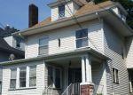 Foreclosed Home en ALBION ST, Passaic, NJ - 07055
