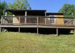 Foreclosed Home en BRECKINRIDGE MILL RD, Fincastle, VA - 24090