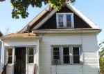 Foreclosed Home en N 22ND ST, Milwaukee, WI - 53206