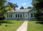 Foreclosed Home en BEARDSLEE ST, Moss Point, MS - 39563