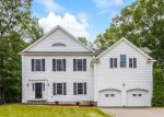 Foreclosed Home en BEEKMAN PL, Madison, CT - 06443