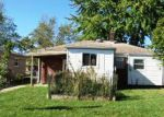 Foreclosed Home en TAMARACK DR, Flat Rock, MI - 48134