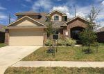 Foreclosed Home en DUKES RUN DR, Spring, TX - 77373