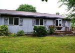 Foreclosed Home en ALFALFA DR, Lapeer, MI - 48446