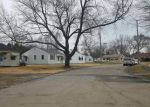 Foreclosed Home en 38TH STREET CT, Moline, IL - 61265