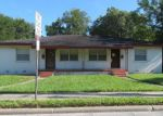 Foreclosed Home en ARIANA ST, Lakeland, FL - 33803