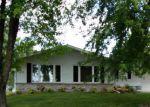 Foreclosed Home en E MONROE ST, Mount Ayr, IA - 50854