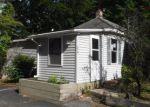 Foreclosed Home en RIVERSIDE DR, Auburn, ME - 04210
