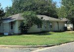 Foreclosed Home en RANDY ST, Whitesboro, TX - 76273